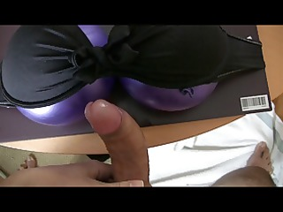 powerfull cumshot with homemade tits